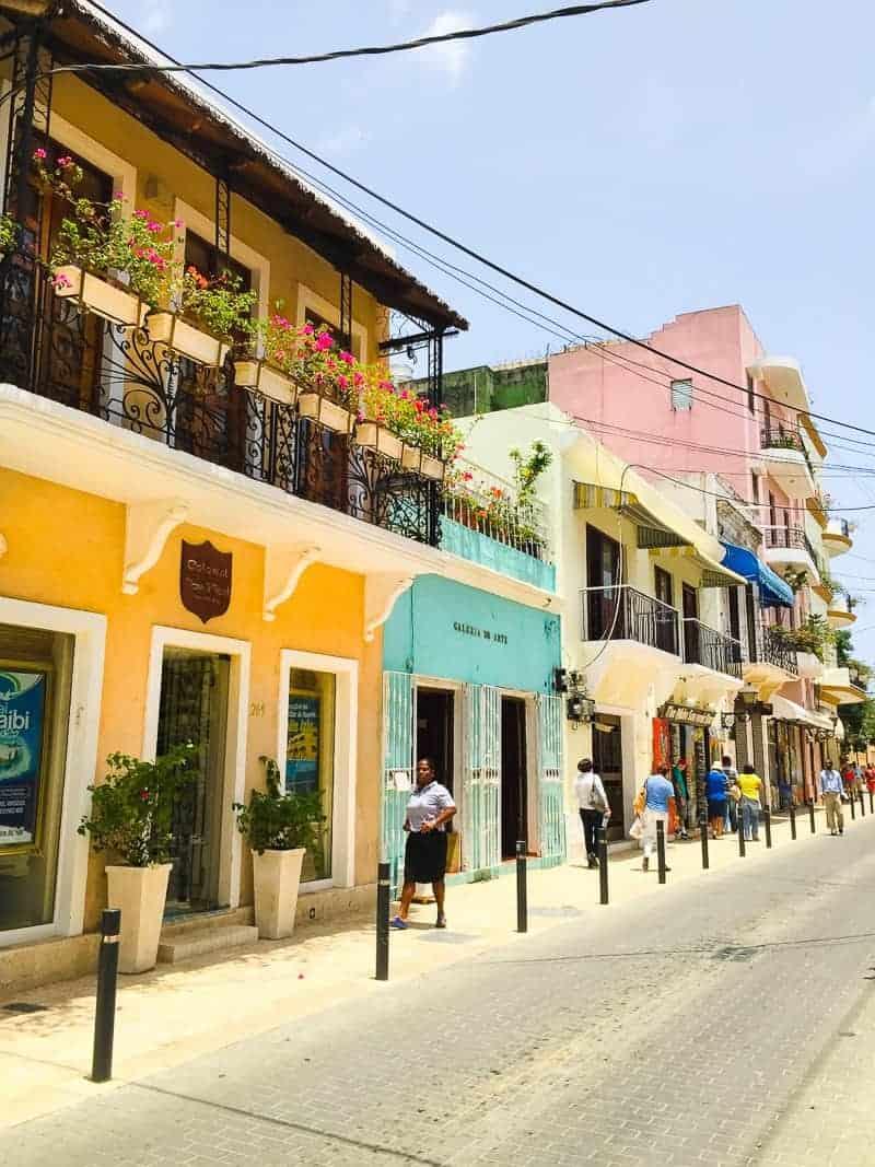 Dominican-Republic-La-Romana-Travel-Guide-Visit-honeymoon-holiday-202