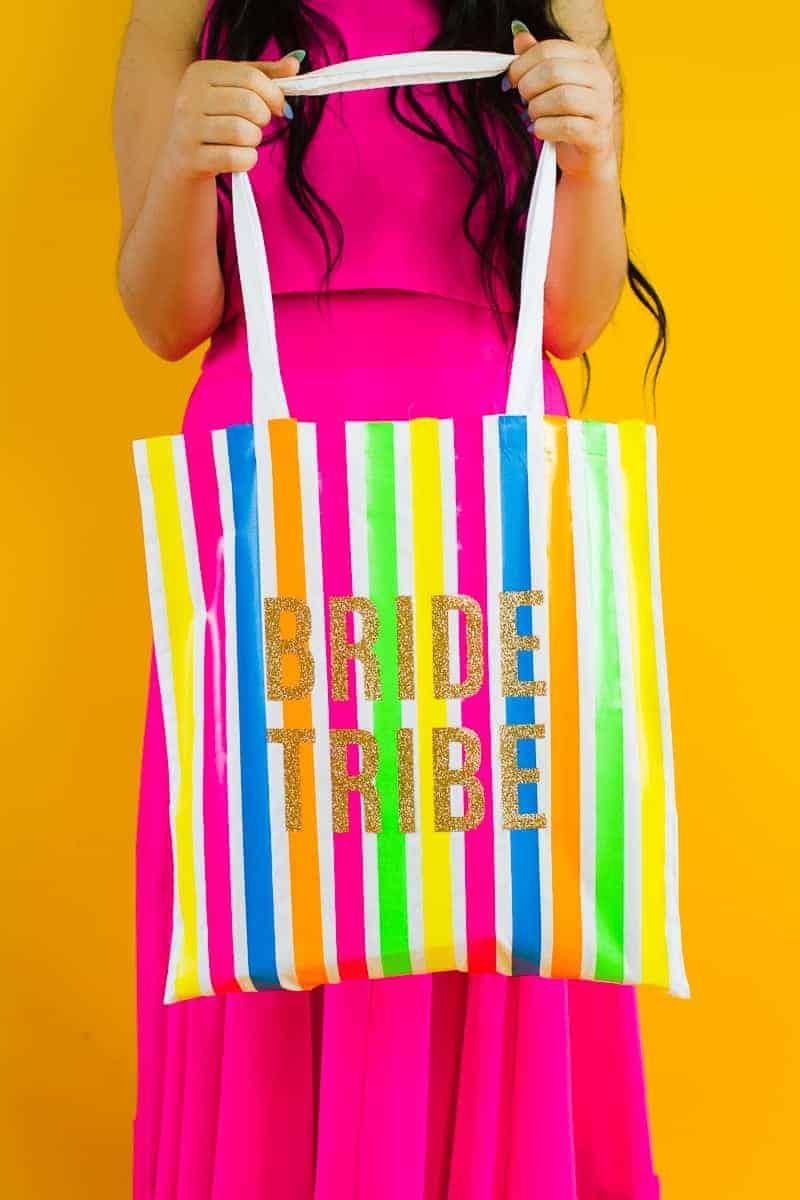 Bride tribe tote bag DIY tutorial Neon fun bridesmaid gift Cricut Explore Iron on Bag_-3