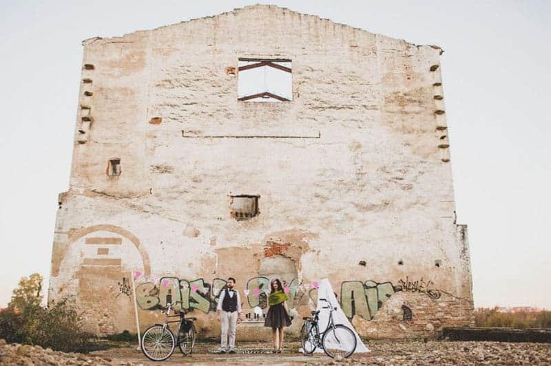 urban wedding in Portugal Warehouse