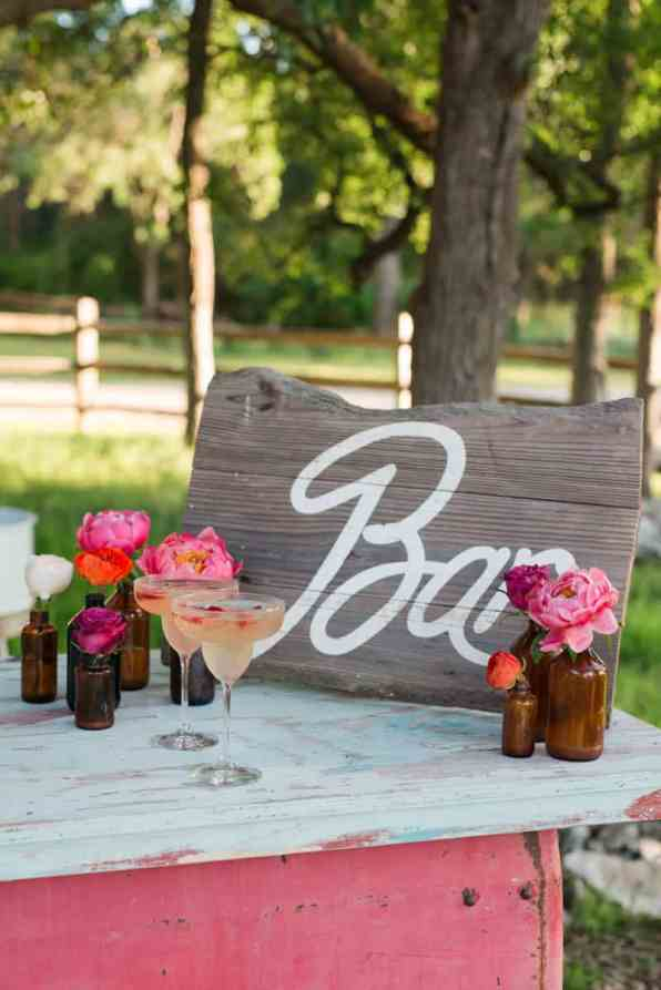 BOLD & VIBRANT HOT PINK CORAL BOHEMIAN STYLING WEDDING IDEAS (14)