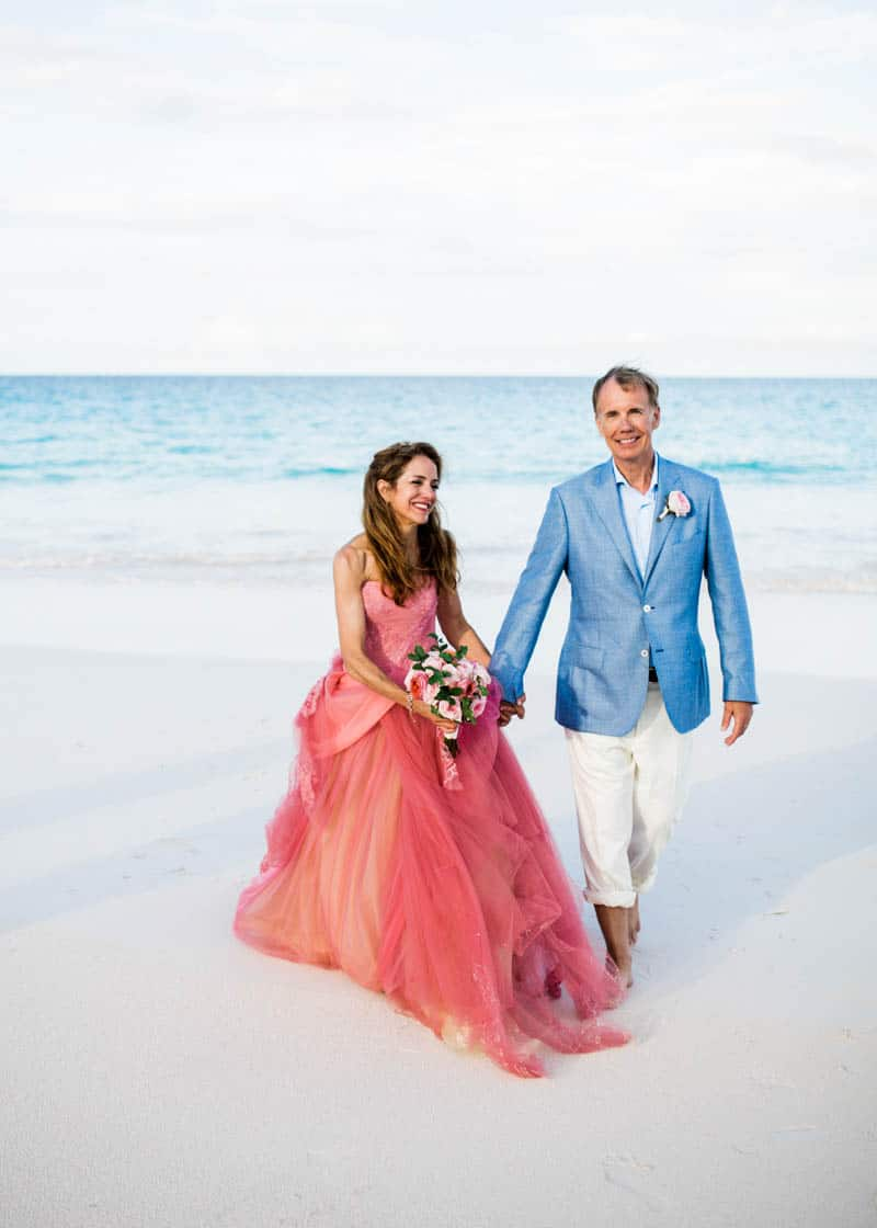 REAL LIFE CINDERELLA FAIRY TALE WEDDING IN THE BAHAMAS WITH A PINK VERA WANG DRESS (16)