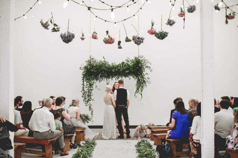 edgy-minimalistic-wedding-in-a-birmingham-art-gallery-13
