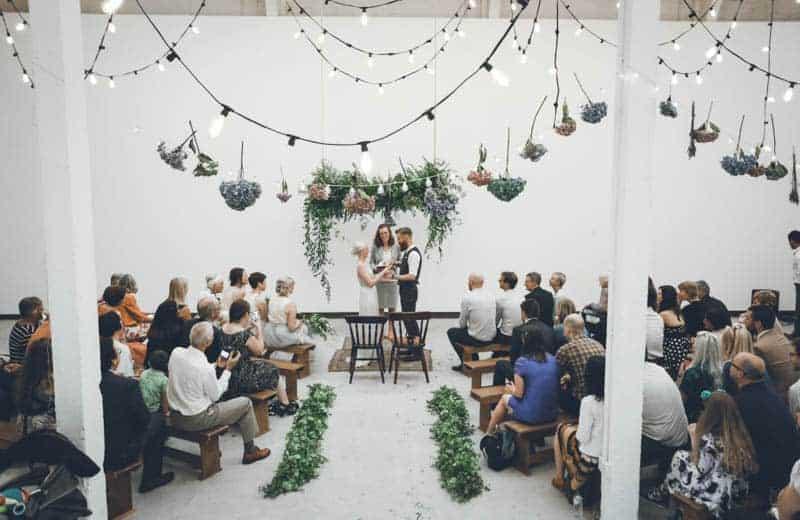 edgy-minimalistic-wedding-in-a-birmingham-art-gallery-4