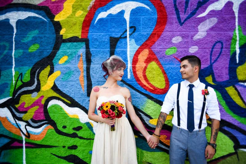 rock-roll-elopement-with-chicagos-colorful-wall-murals-10