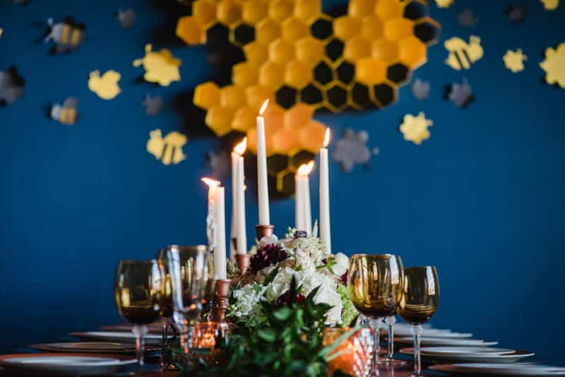 bee-themed-wedding-ideas-in-a-brewery-12
