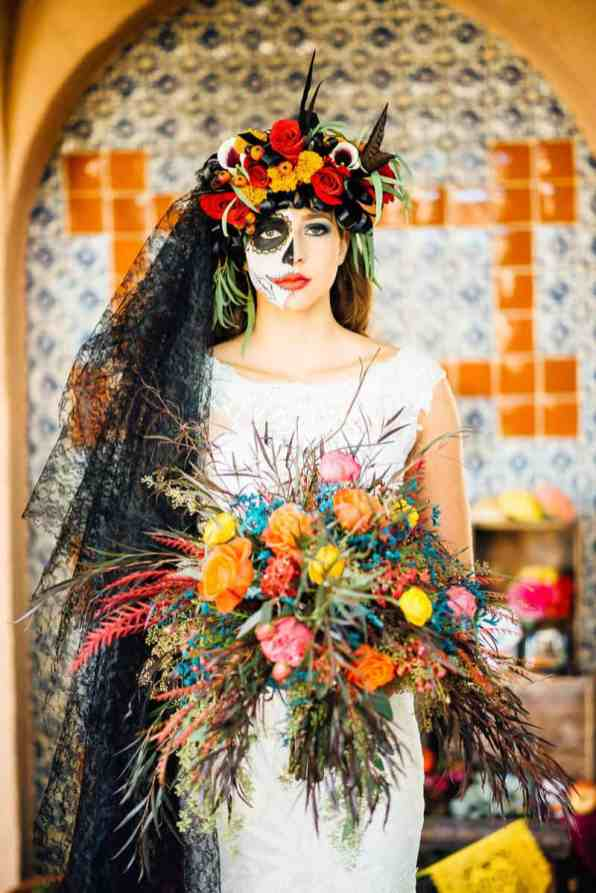 day-of-the-dead-halloween-wedding-ideas-14