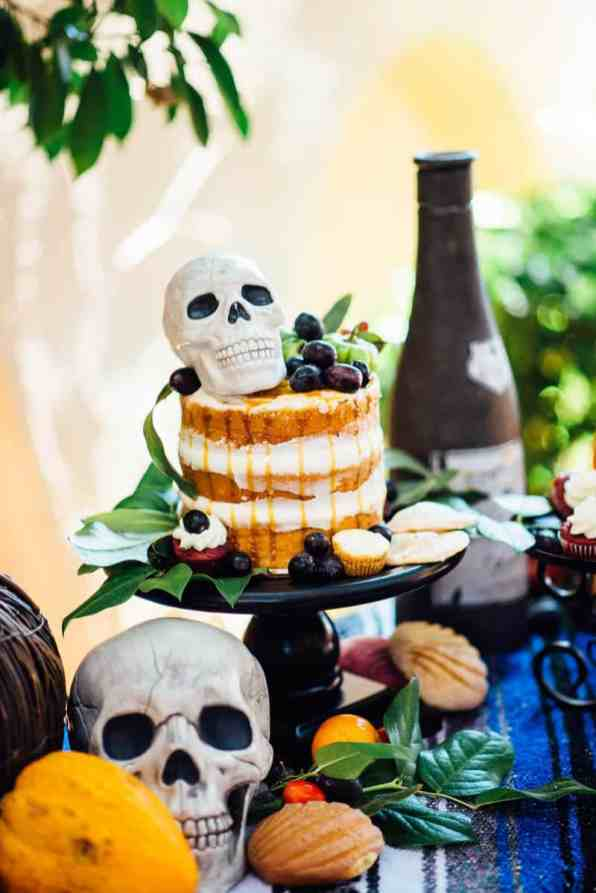 day-of-the-dead-halloween-wedding-ideas-25