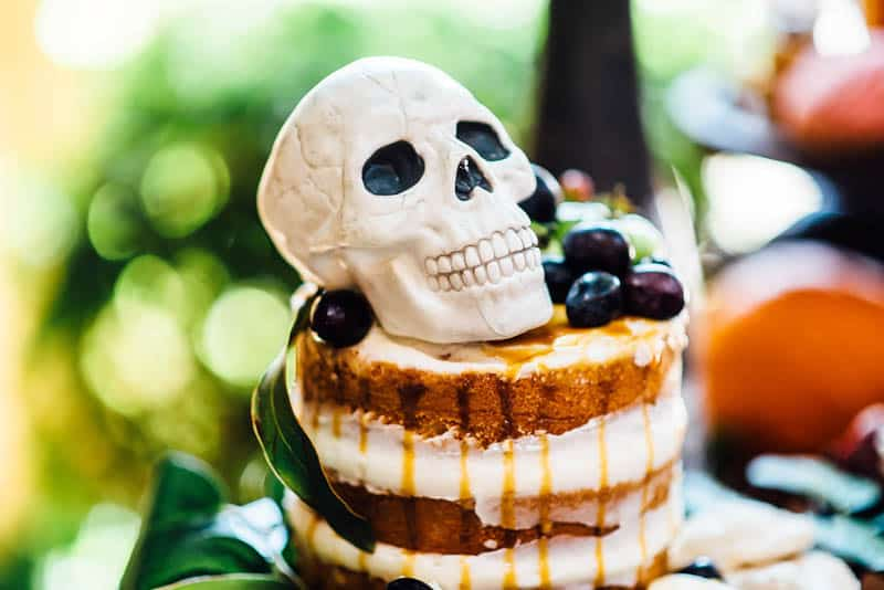 day-of-the-dead-halloween-wedding-ideas-26