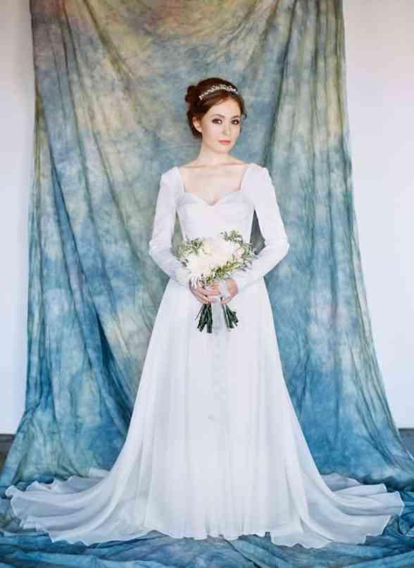 andromeda-wedding-dress-milamira-1-648