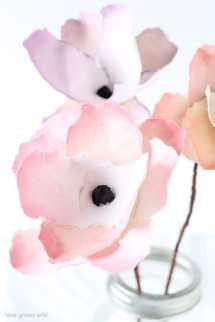 best-paper-flower-tutorials-for-your-wedding-bespoke-bride-wedding-blog