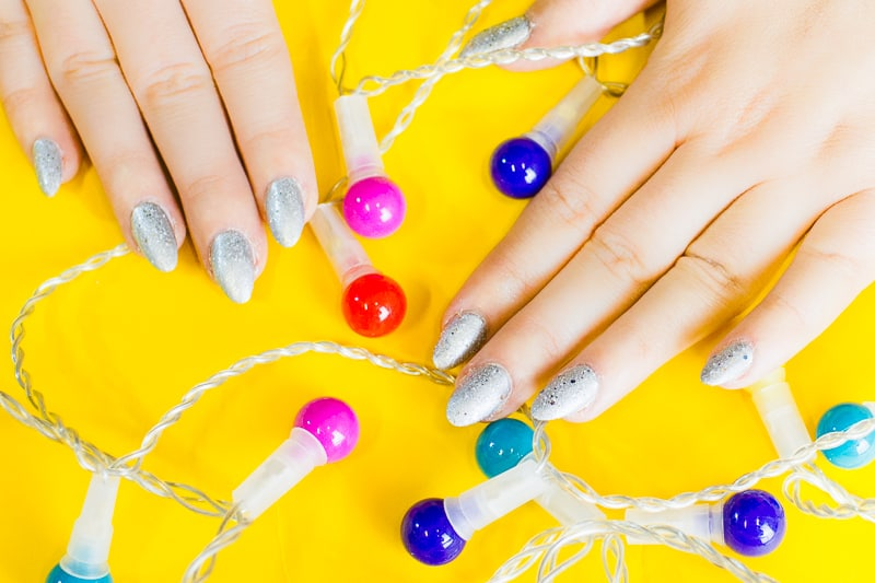 christmas-light-nails-manicure-mani-festive-colourful-xmas-silver_-2