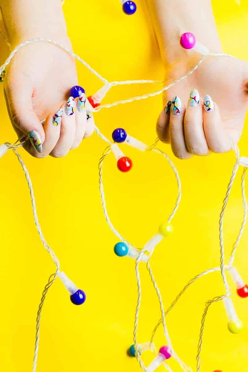 christmas-light-nails-manicure-mani-festive-colourful-xmas-silver_-4