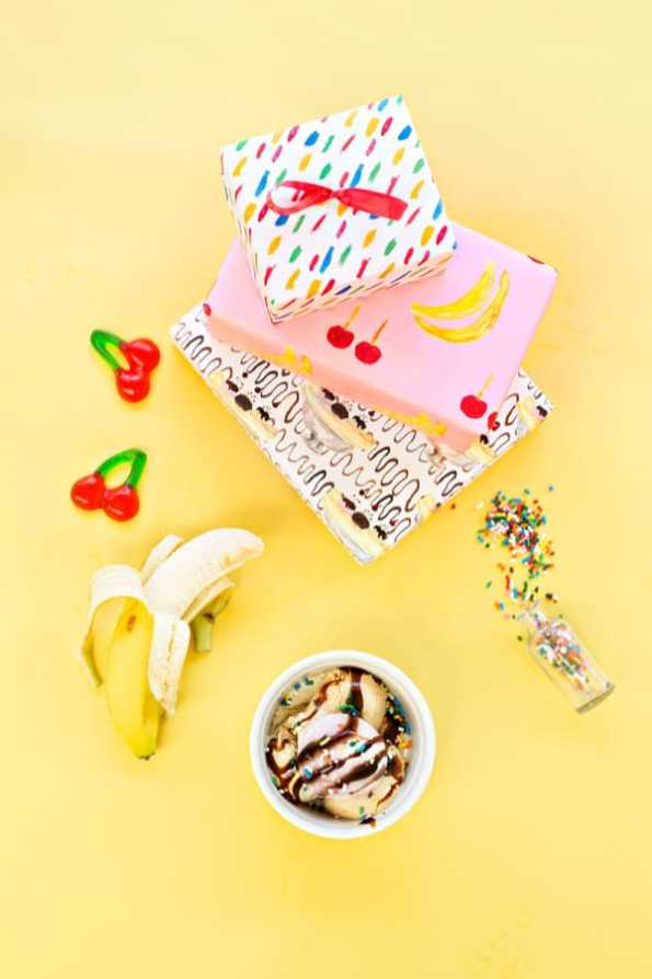 free-printable-banana-split-wrapping-paper2-600x900