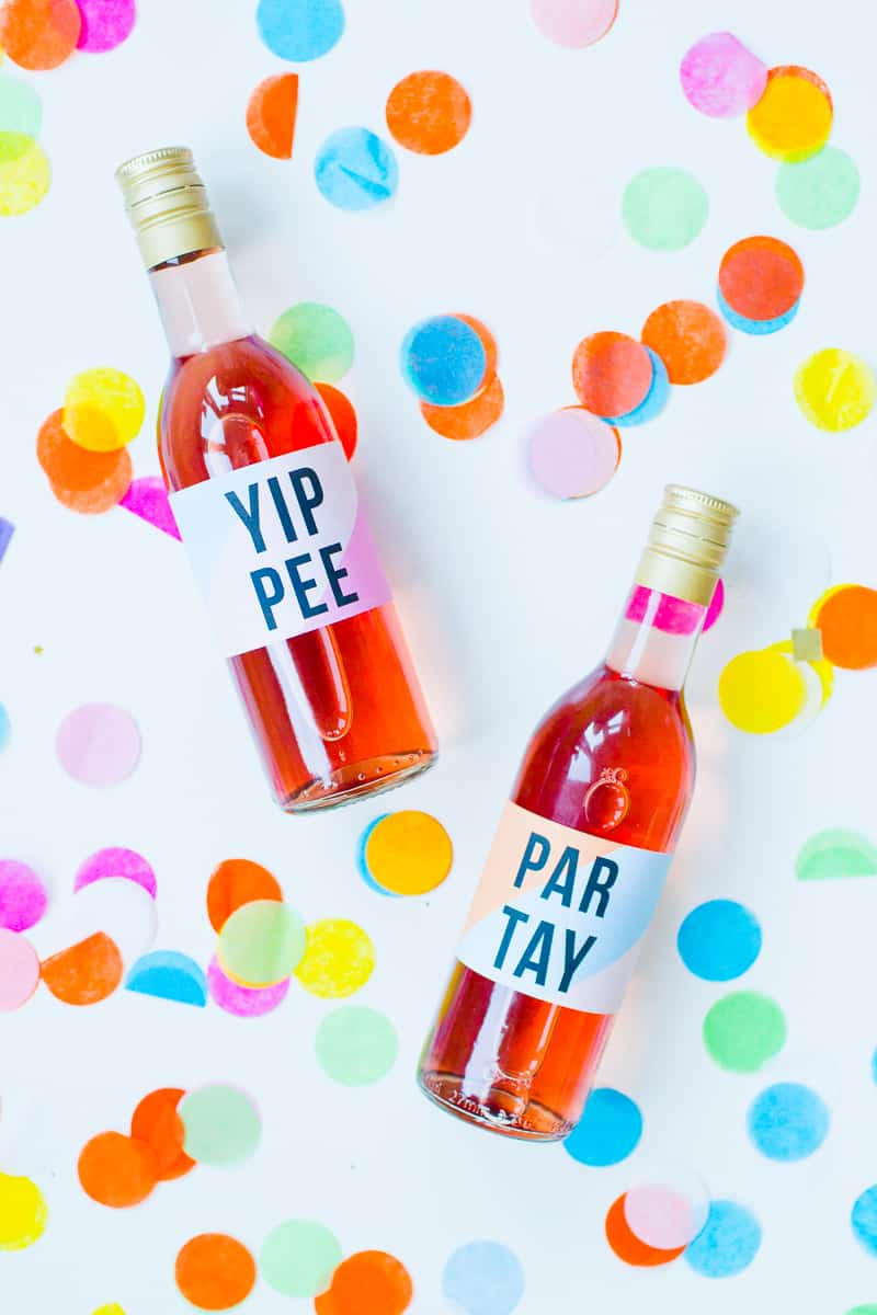free-printable-bottle-wrappers-new-years-eve-party-slogan-graphic-geometric-colourful-fun-labels-2