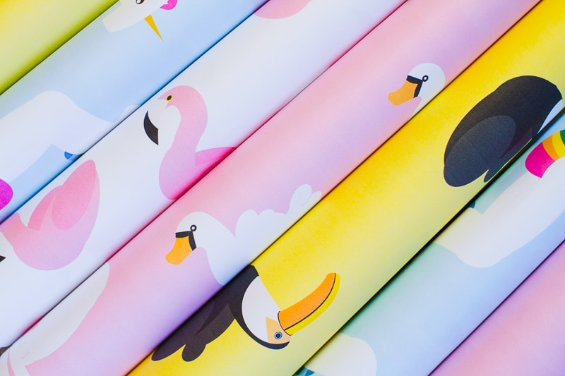 free-printable-pool-float-wrapping-paper-christmas-gift-wrap-birthday-flamingo-toucan-swan-unicorn-themed-2