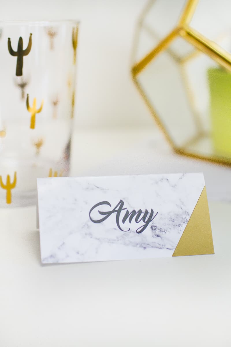 MAKE IT MARBLE: FREE PRINTABLE MARBLE PLACE CARDS - BridalPulse