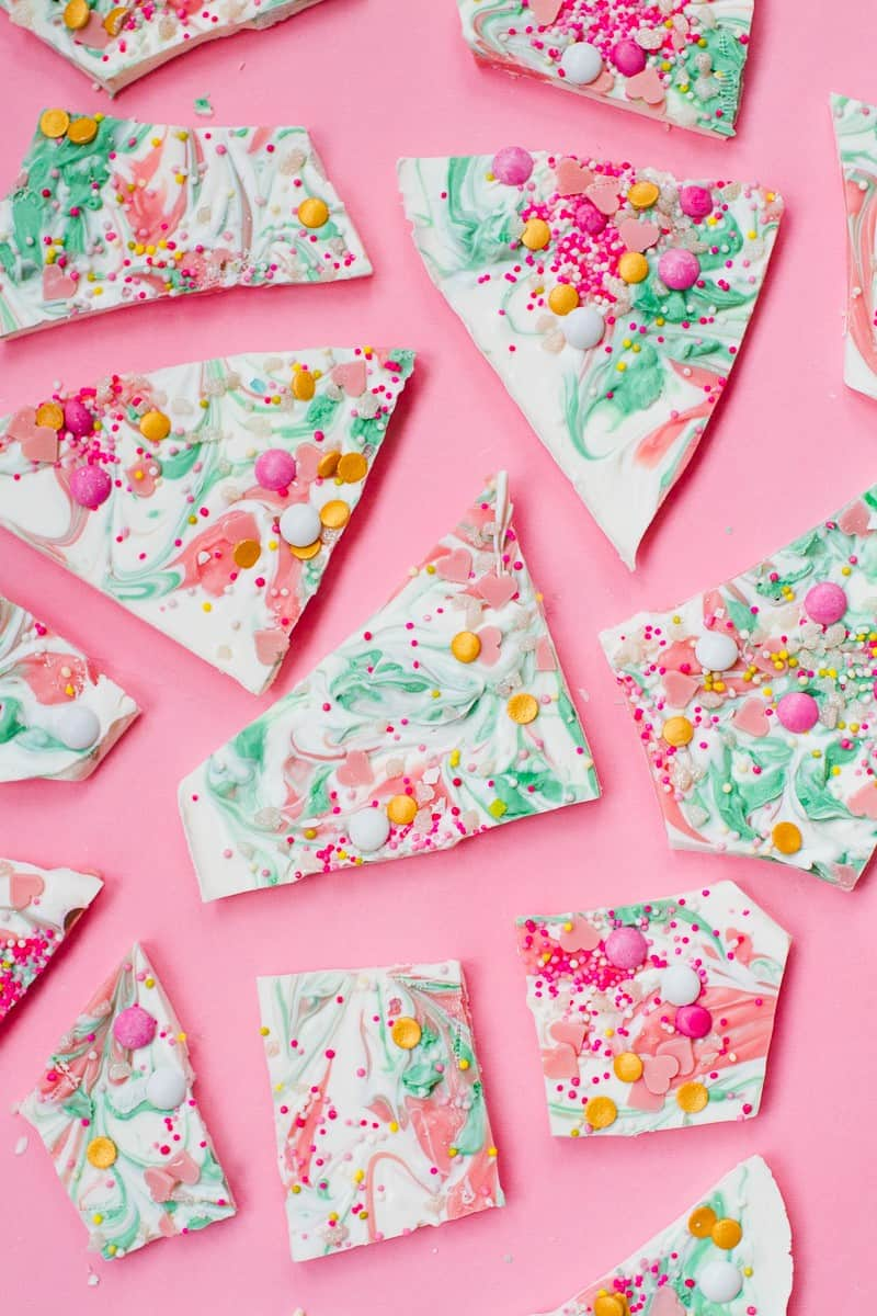 candy-bark-christmas-festive-pink-green-white-candy-melts-chocolate-bark-xmas-sprinkles-favours-9