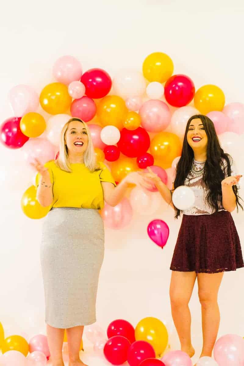 diy-balloon-backdrop-new-years-eve-photo-booth-colourful-fun-decor-ideas-tutorial-18