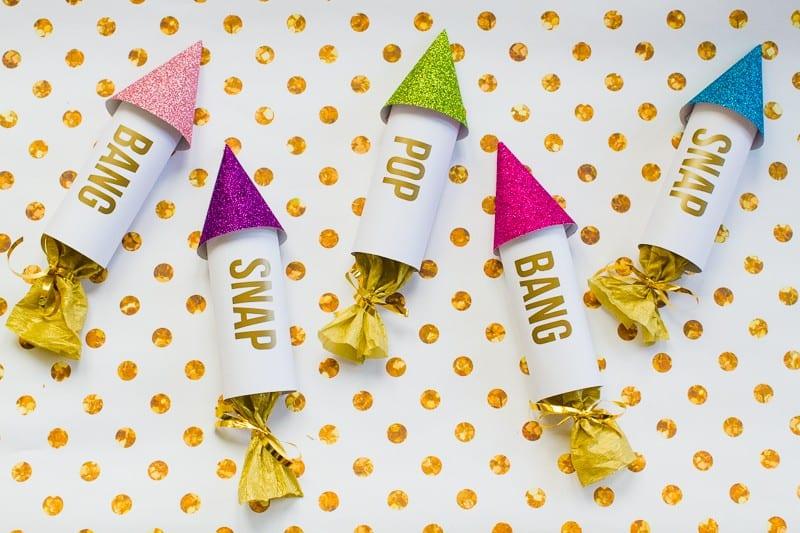 diy-confetti-rockets-wedding-tutorial-moddern-colourful-glitter_-10