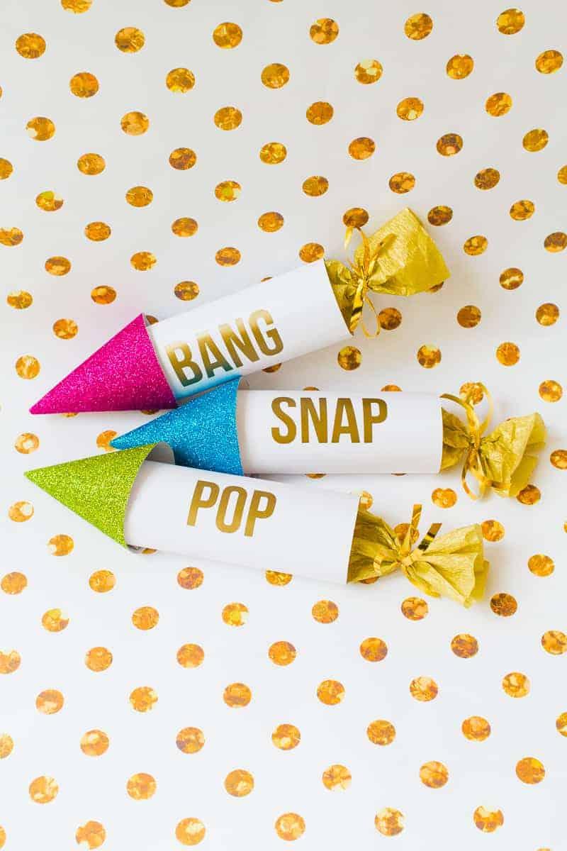 diy-confetti-rockets-wedding-tutorial-moddern-colourful-glitter_-13