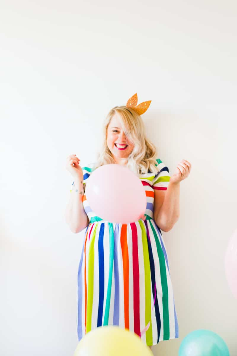 thoughts-on-turning-30-birthday-shoot-balloons-fun-colourful-party_-9