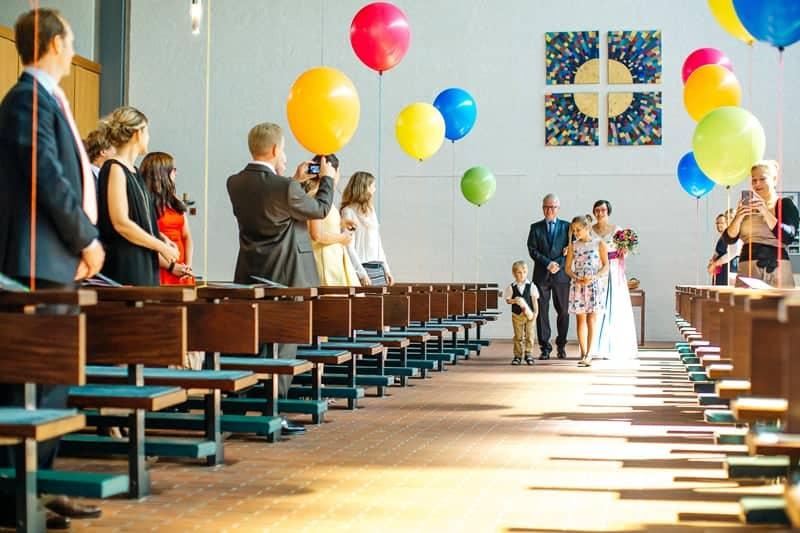 colorful-geometric-flamingo-themed-wedding-in-bavaria-6