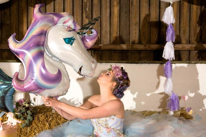 COLORFUL UNICORNS AND RAINBOWS THEMED WEDDING IDEAS (23)