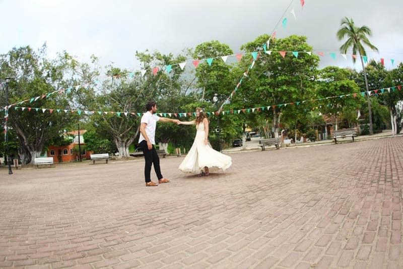 colorful-vibrant-destination-wedding-in-mexico-32