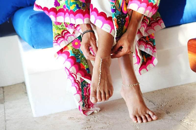 MYSTICAL VIBRANT WEDDING IDEAS IN SAYLUTIA MEXICO (6)