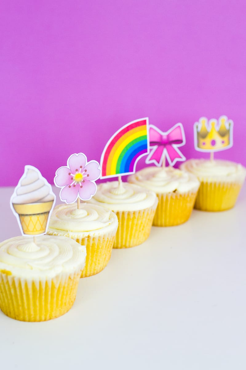 Emoji Cake Topper DIY Printable Download Fun cupcake heart unicorn watermelon rainbow_-14