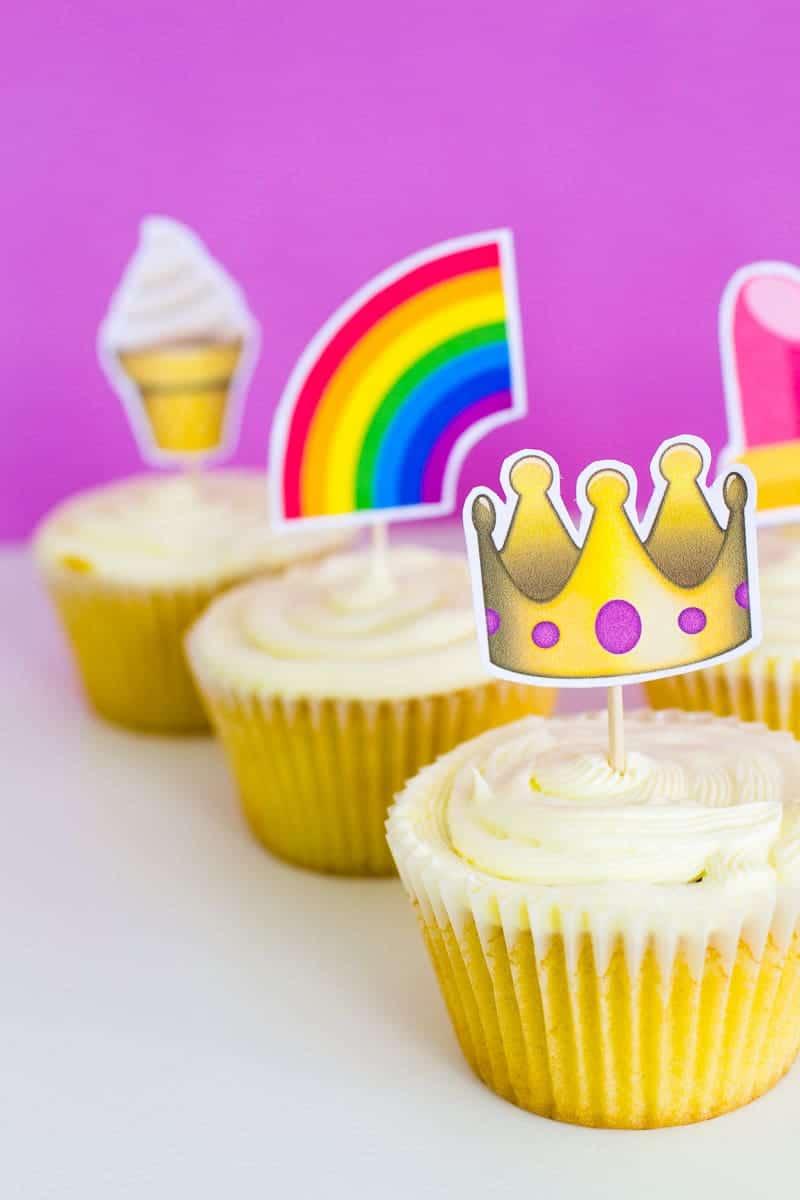 Emoji Cake Topper DIY Printable Download Fun cupcake heart unicorn watermelon rainbow_-26