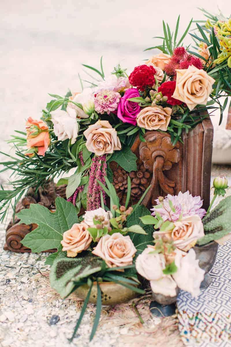 HOW TO STYLE A MOROCCAN BOHO BEACH WEDDING (10)