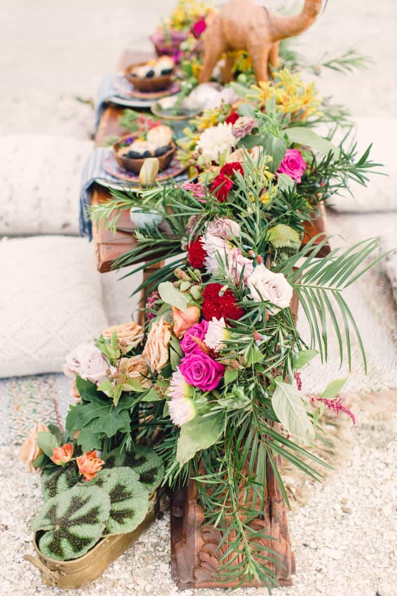 HOW TO STYLE A MOROCCAN BOHO BEACH WEDDING (18)