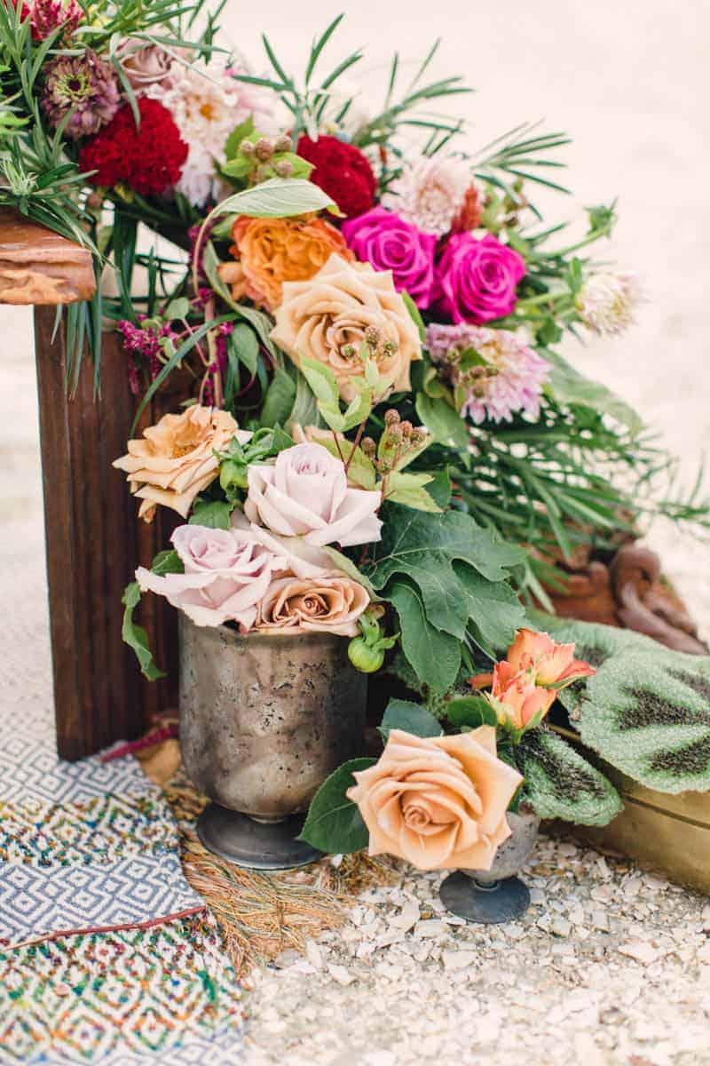 HOW TO STYLE A MOROCCAN BOHO BEACH WEDDING (23)