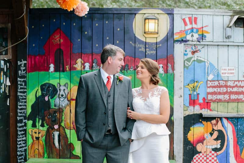 INTIMATE WEDDING IN THE COLORFUL CHARLESTON POUR HOUSE TAVERN (22)