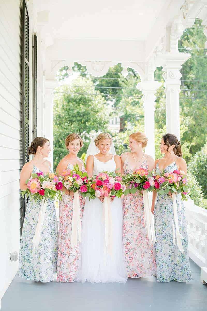 STYLISH FLORAL & FOLIAGE MERRIMON WYNNE HOUSE WEDDING (8)