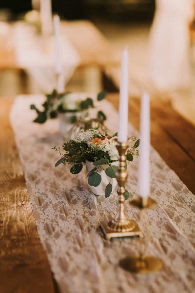 A PERSONALIZED & RUSTIC WEDDING IN A DOWNTOWN PHOENIX ART GALLERY (23)
