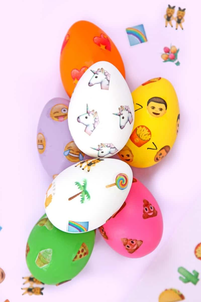 DIY EMOJI PATTERNED EASTER EGGS - AWW SAM