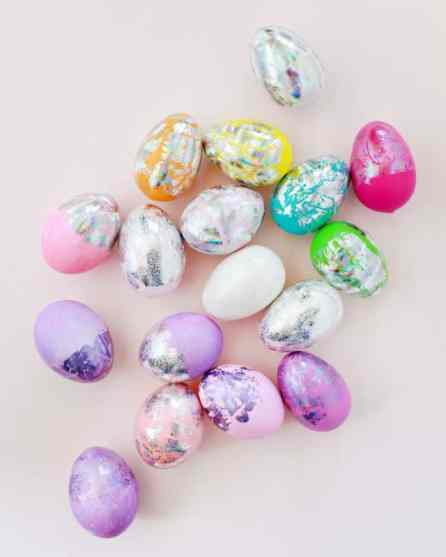 DIY HOLOGRAM FOIL EASTER EGGS - OH SO BEAUTIFUL PAPER