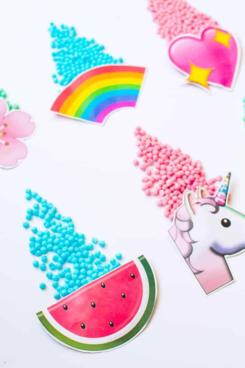 Emoji Favour Bags Pouches Candy Confetti Sweets Fun Unique Favour Ideas Printable Free Download-10