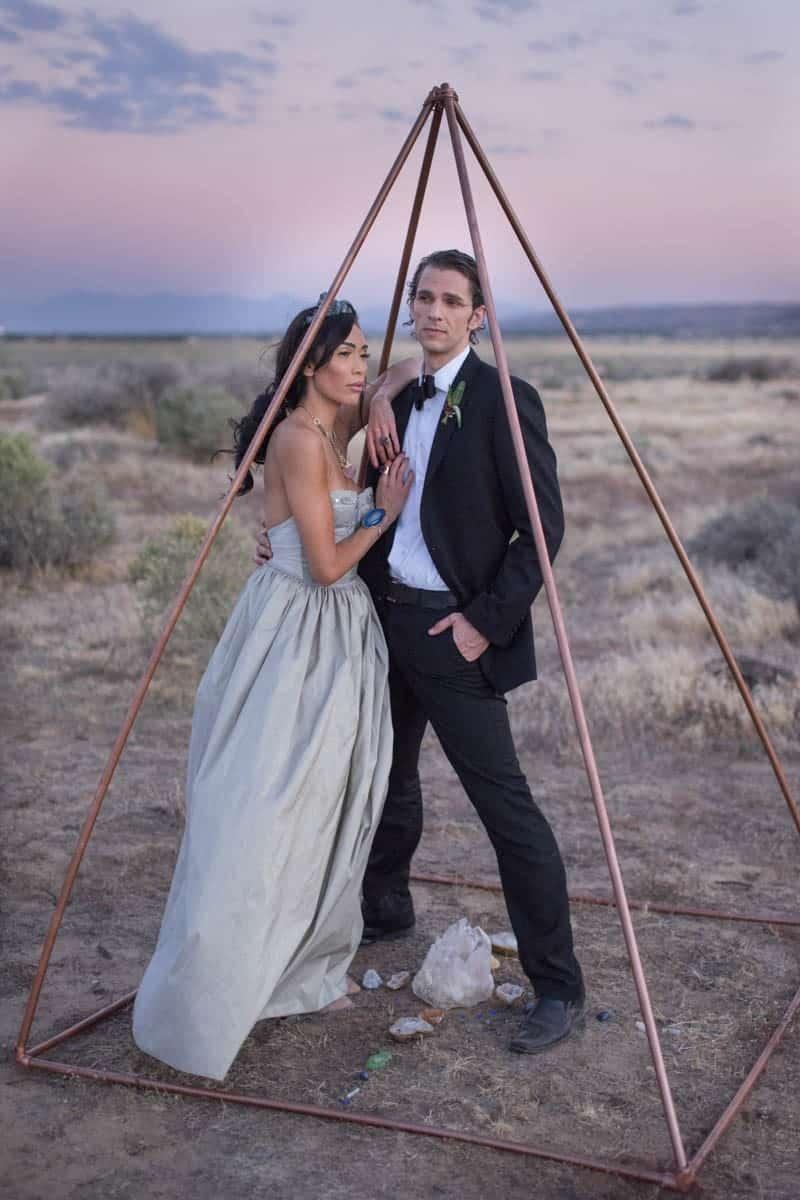RUSTIC BOHO CRYSTAL WEDDING IDEAS WITH AMETHYST QUARTZ (23)