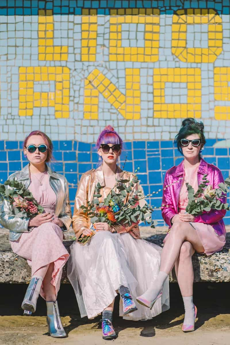 ALTERNATIVE UNIQUE ROCK N ROLL WEDDING DRESSES FOR BAD ASS BRIDES (20)