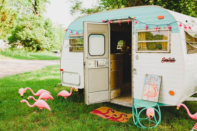 FLAMINGO THEMED ELOPEMENTS IDEAS IN A VINTAGE AIRBNB CAMPERVAN (3)
