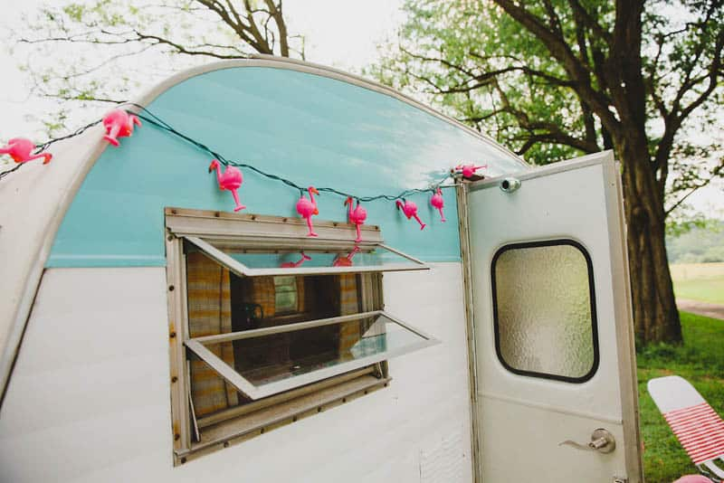 FLAMINGO THEMED ELOPEMENTS IDEAS IN A VINTAGE AIRBNB CAMPERVAN (7)