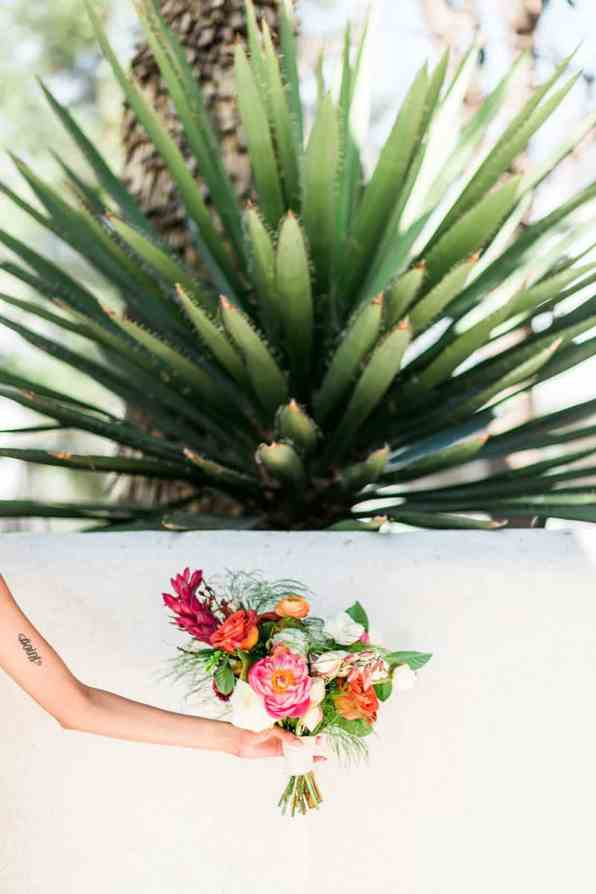 MEXICAN INSPIRED ELOPEMENT-HOW TO CONFIDENTLY TELL FAMILY & FRIENDS YOUR ELOPING (2)