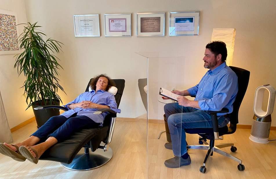 Plexiglas Pandemieschutz Hypnosetherapie BW
