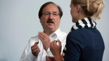 EFT-Klopfen im Selbsthypnose- Seminar mir Hanspeter Ricklin, Hypnosetherapeut