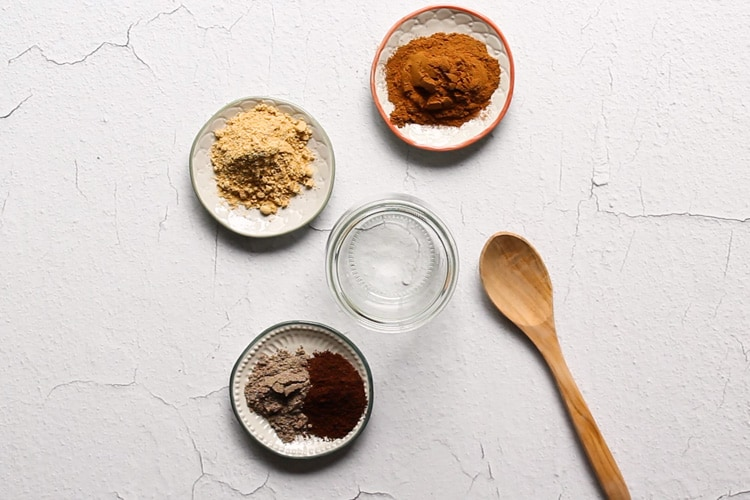 Chai Spice recipe with cinnamon, cardamom, ginger, cloves