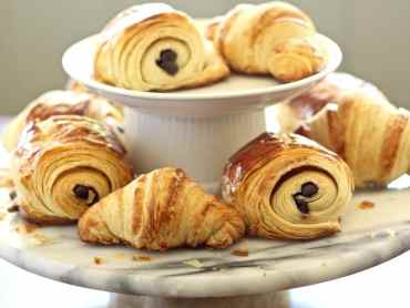 French croissants and chocolate croissants recipe with 40 step-by-step photos