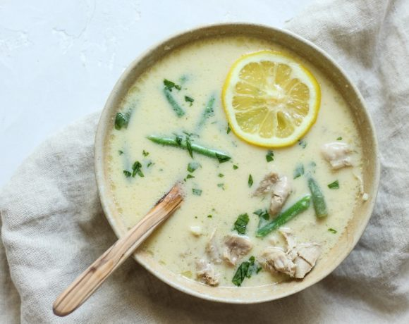 EASY BONE BROTH AVGOLEMONO (GREEK LEMON CHICKEN SOUP) RECIPE